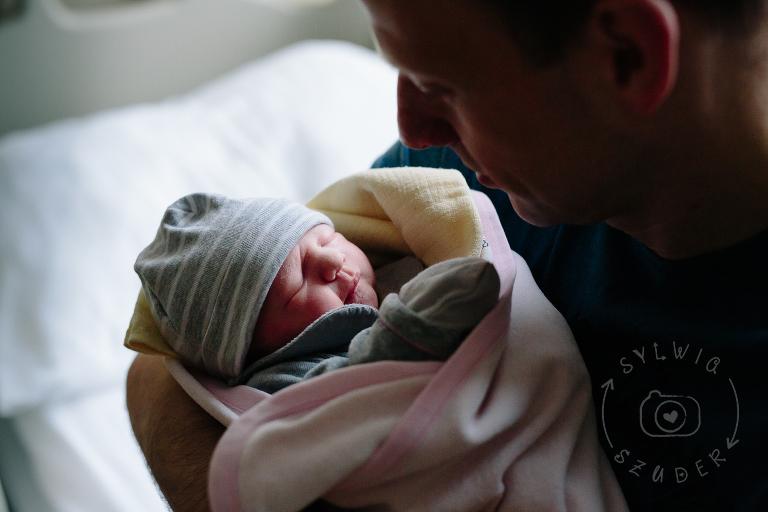 noworodek pierwsza godzina życia