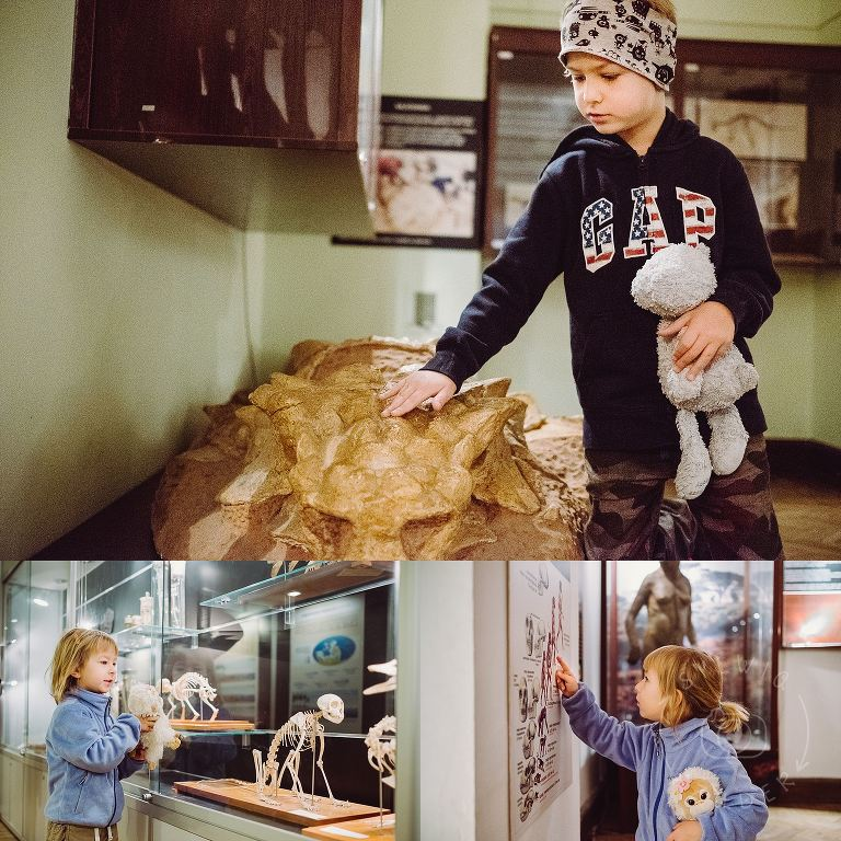 dzieci w Muzeum Ewolucji w PKiN 03