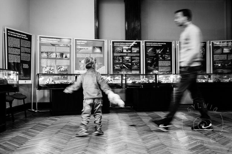 dzieci w Muzeum Ewolucji w PKiN 02