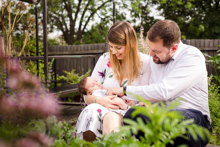 sesja noworodkowa w plenerze